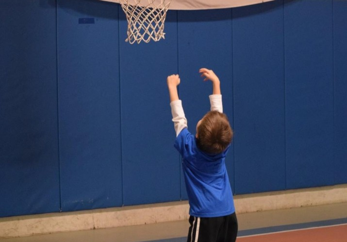 A youngster practicing his shot at Junior Hoopsters.